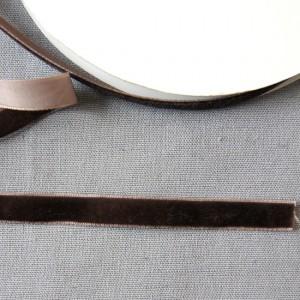 Bild 1 Samtborte Braun 9 mm breit